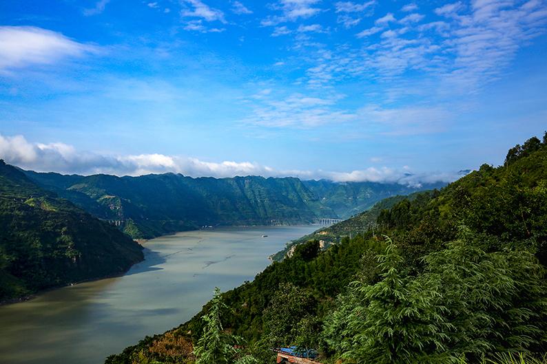 云南昭通西部大峡谷风景4